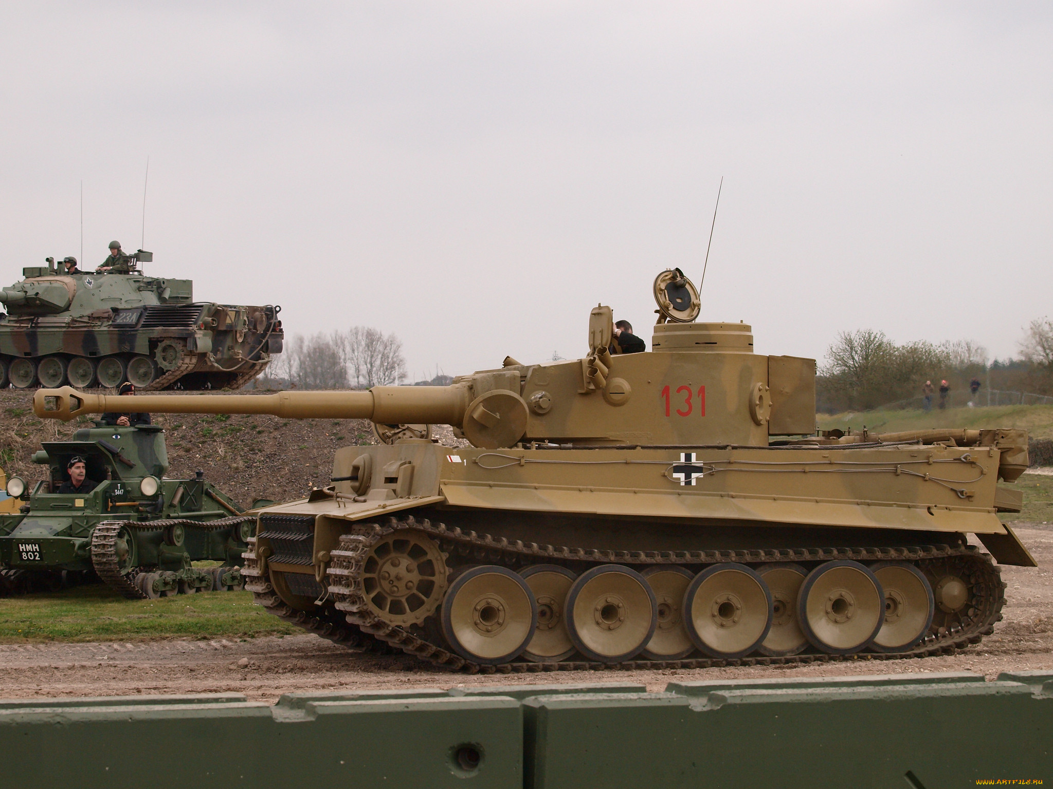 Обои Tiger Техника Военная техника, обои для рабочего ...: http://www.artfile.ru/i.php?i=679381